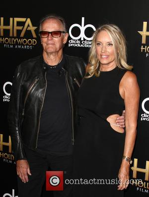 Peter Fonda , Parky Devogelaere - 19th Annual Hollywood Film Awards at The Beverly Hilton Hotel, Hollywood Film Awards -...