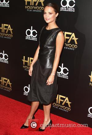 Alicia Vikander - 19th Annual Hollywood Film Awards at The Beverly Hilton Hotel, Hollywood Film Awards - Beverly Hills, California,...