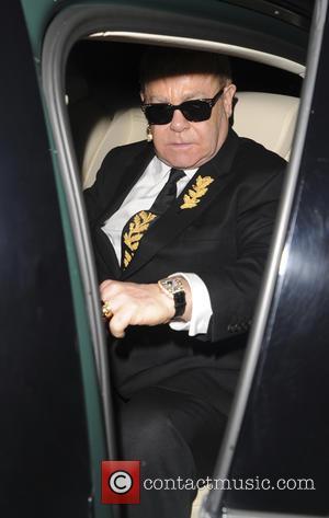 Elton John Plans To Tread Carefully In Vladimir Putin Meeting