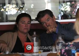 Pierce Brosnan , Keely Shaye Smith - Pierce Brosnan has lunch with his wife at italian restaurant Ebaldi at beverly...