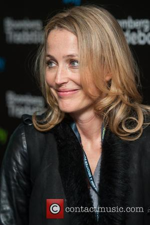 Gillian Anderson - Bloomberg Tradebook Charity Day held at Bloomberg HQ, Finsbury Square. - London, United Kingdom - Wednesday 4th...
