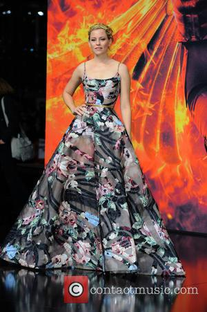 Elizabeth Banks - World premiere of 'Die Tribute von Panem - Mockingjay Teil 2 (The Hunger Games - Mockingjay Part...