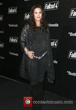 Lynda Carter - 'Fallout 4' Video Game Launch Party - Arrivals - Los Angeles, California, United States - Thursday 5th...