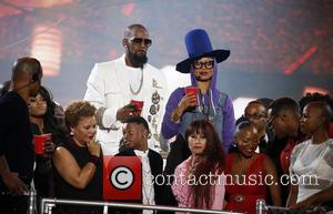 Erykah Badu and R. Kelly