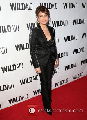 Paula Abdul - Celebrities attend the WildAid Los Angeles fundraiser 'An Evening in Africa' at Montage Beverly Hills - Arrivals...