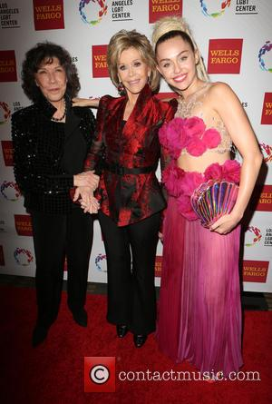 Lily Tomlin, Jane Fonda , Miley Cyrus - The Los Angeles LGBT Center's 46th Anniversary Gala Vanguard Awards - Arrivals...