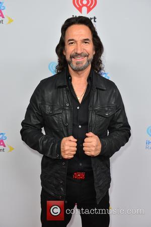 Marco Antonio Solis To Receive Billboard Lifetime Achievement Award