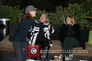 Kathleen York, Lucy Webb and Mena Suvari