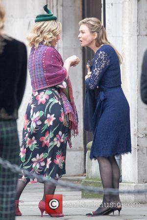 Renée Zellweger - Renee Zellwegger and Colin Firth spotted filming scenes for 'Bridget Jones's Baby' - London, United Kingdom -...