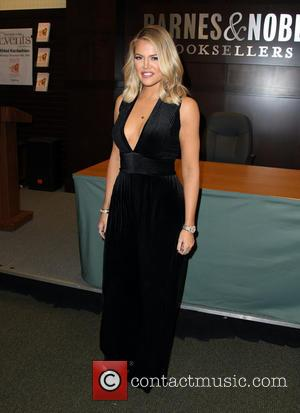 Khloe Kardashian - Khloe Kardashian Signs And Discusses Her New Book