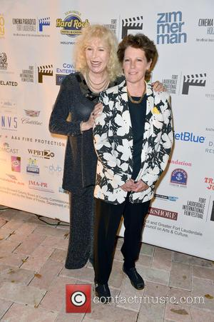 Fort Lauderdale, Loretta Swit and Jan Thompson