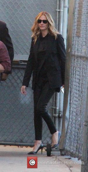 Julia Roberts - Julia Roberts arriving at ABC studios for Jimmy Kimmel Live! at jimmy kimmel - Los Angeles, California,...