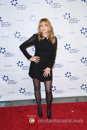 Lea Thompson - Zimmer Children's Museum Discovery Award Dinner at The Globe Theatre - Los Angeles, California, United States -...