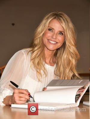 Christie Brinkley - Christie Brinkley signs copies of her new book 'Timeless Beauty' at Book Revue in Huntington at Book...