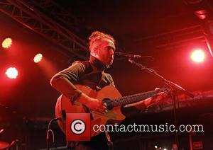 Newton Faulkner - Newton Faulkner performs at Liverpool O2 Academy at Liverpool O2 Academy - Liverpool, United Kingdom - Saturday...