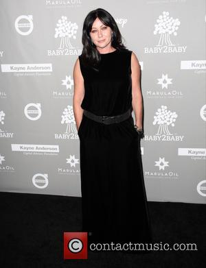 Shannen Doherty Shaves Her Head As She Fights Breast Cancer
