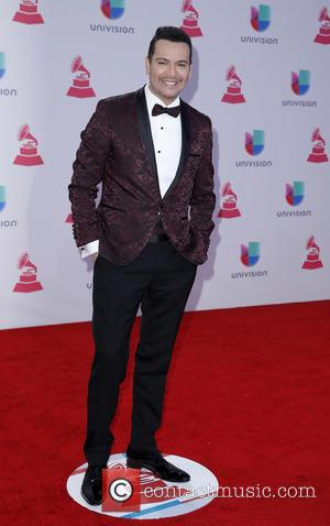 Victor Manuelle - 2015 Latin Grammy Awards Arrivals at MGM Grand Garden Arena at MGM Grand Resort and Casino, Grammy...