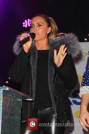 Katie Price - Woking Shopping Centre Christmas lights switch-on - Woking, United Kingdom - Thursday 19th November 2015