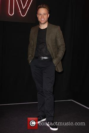 Olly Murs - Olly Murs visits HMV to meet fans and sign copies of the new 'Never Been Better: Special...