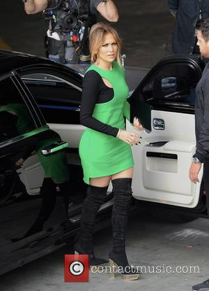 Jennifer Lopez - Jennifer Lopez looks flawless in a black and green dress for the filming of Hollywood week on...
