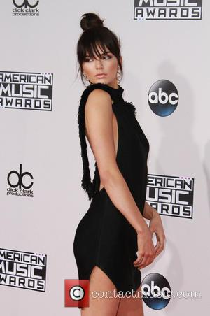 Kendall Jenner - American Music Awards 2015 - Arrivals held at Microsoft Theatre at Microsoft Theatre, American Music Awards -...