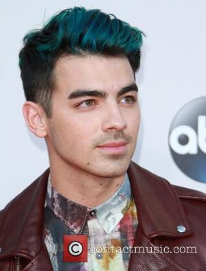 Joe Jonas - American Music Awards 2015 - Arrivals held at Microsoft Theatre at Microsoft Theatre, American Music Awards -...