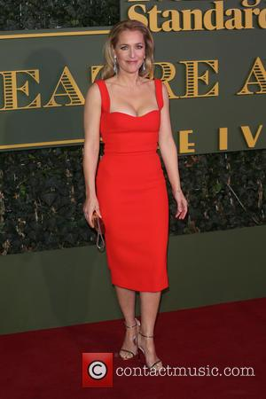 Gillian Anderson - The Evening Standard Theatre Awards held at the Old Vic - Arrivals - London, United Kingdom -...