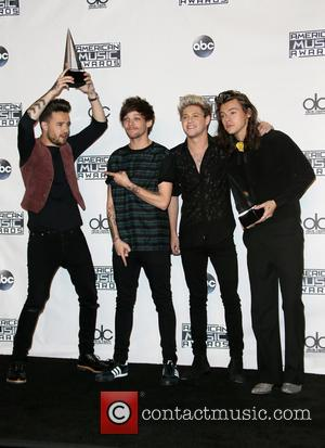 Liam Payne, Louis Tomlinson, Niall Horan, Harry Styles , of One Direction - 2015 AMERICAN MUSIC AWARDS_Press Room at Microsoft...