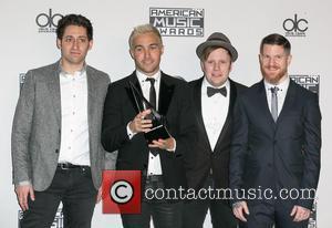 Joe Trohman, Pete Wentz, Patrick Stump, Andy Hurley and Fall Out Boy