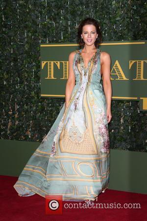 Kate Beckinsale - London Evening Standard Theatre Awards held at The Old Vic - Arrivals - London, United Kingdom -...
