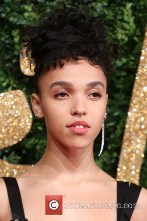 Fka Twigs Gives Surprise Performance At Florida Hotel