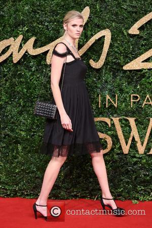 Lara Stone - The British Fashion Awards 2015 - Arrivals at The British Fashion Awards - London, United Kingdom -...
