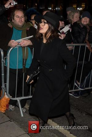 Salma Hayek - Stella McCartney shop Christmas lights switch on. - London, United Kingdom - Wednesday 25th November 2015