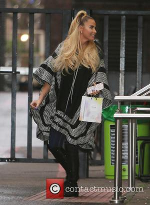 Katie Price - Katie Price outside ITV Studios - London, United Kingdom - Wednesday 25th November 2015