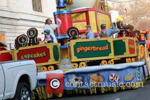 Jennifer Nettles - 89th Annual Macys Thanksgiving Day Parade - New York, New York, United States - Thursday 26th November...