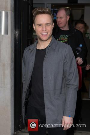 Olly Murs - Olly Murs arriving at the BBC Radio 2 studios at BBC Western House - London, United Kingdom...