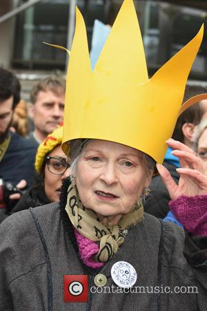 Dame Vivienne Westwood - People's March for Climate, Justice and Jobs in London at London - London, United Kingdom -...