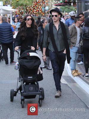 Terri Seymour, Coco Seymour-Mallon , Clark Mallon - Terri Seymour goes shopping at The Grove with her boyfriend and daughter...