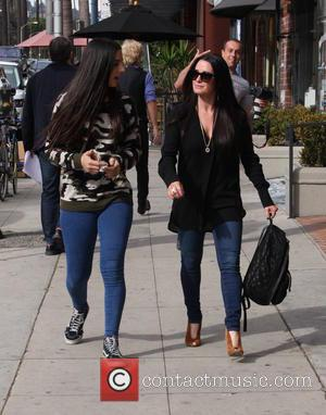 Kyle Richards , Sophia Umansky - Kyle Richards out and about with her daughter at beverly hills - Los Angeles,...
