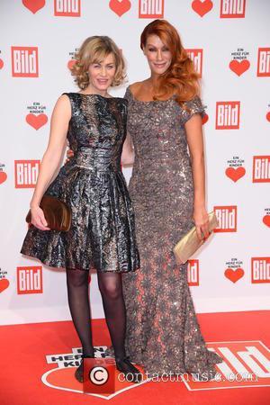 Gesine Cukrowski and Yasmina Filali