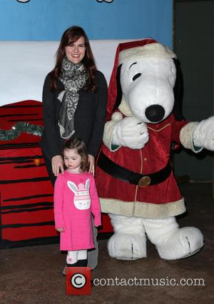 Sara Rue , Talulah Price - Knott's Berry Farm's Countdown To Christmas And Snoopy's Merriest Tree Lighting at Knott's Berry...