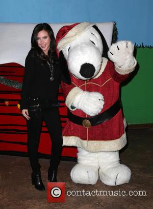 Ryan Newman - Knott's Berry Farm's Countdown To Christmas And Snoopy's Merriest Tree Lighting at Knott's Berry Farm - Buena...