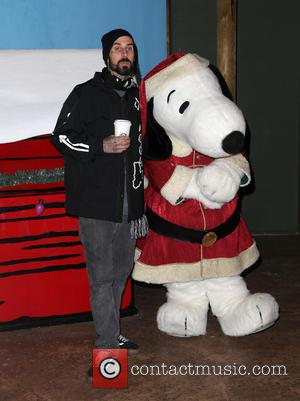 Travis Barker - Knott's Berry Farm's Countdown To Christmas And Snoopy's Merriest Tree Lighting at Knott's Berry Farm - Buena...
