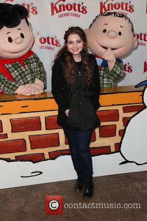Sammi Hanratty - Knott's Merry Farm Countdown to Christmas at Buena Park - Arrivals - Los Angeles, California, United States...