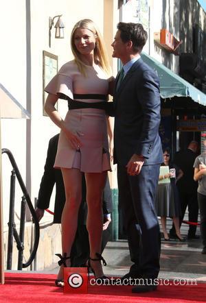 Gwyneth Paltrow and Rob Lowe