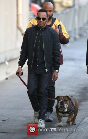 Lewis Hamilton - Lewis Hamilton and his bulldog Roscoe seen arriving at the ABC studios for Jimmy Kimmel Live -...