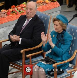 Peace, Kinh Harald V and Queen Sonja