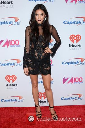 Shay Mitchell - Z100's iHeartRadio Jingle Ball 2015 - Red Carpet Arrivals - New York, New York, United States -...
