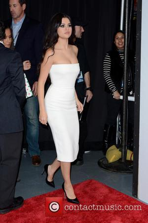 Selena Gomez - Z100's iHeartRadio Jingle Ball 2015 at Madison Square Garden - Arrivals at Madison Square Garden - New...