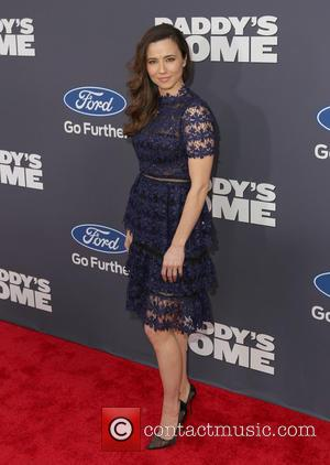 Linda Cardellini - New York premiere of 'DADDY'S HOME' held at AMC Lincoln Square - Arrivals - New York City,...